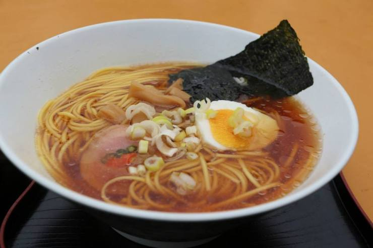 Ramen at Station 7 -- Mt. Fuji (STran photography)